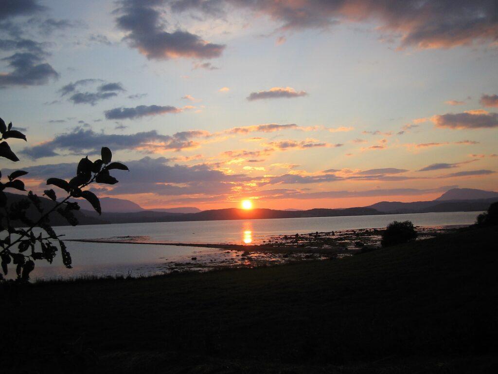 Solnedgang, Foto: Gunn M Grønås I Balsfjord Kommune